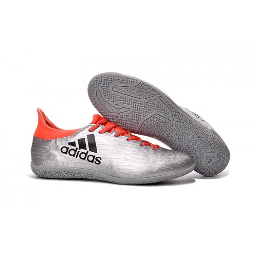 indoor football shoes