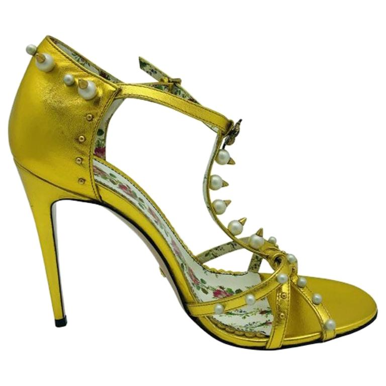 womens designer shoes